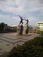 北口銅像.jpg