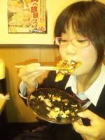 食べてます.jpg